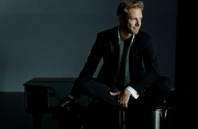 Andrew von Oeyen, piano